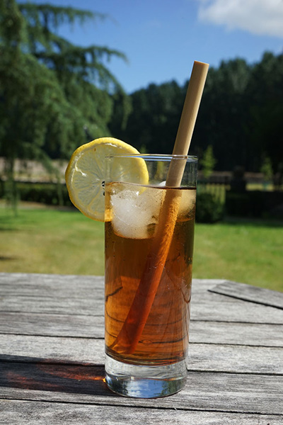 Straw in tea